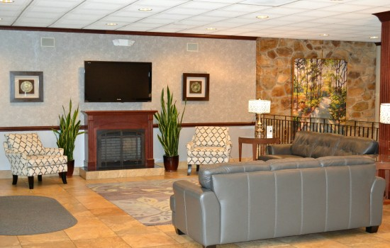 Welcome To Ramada Hotel & Conference Center State College - Lobby Area